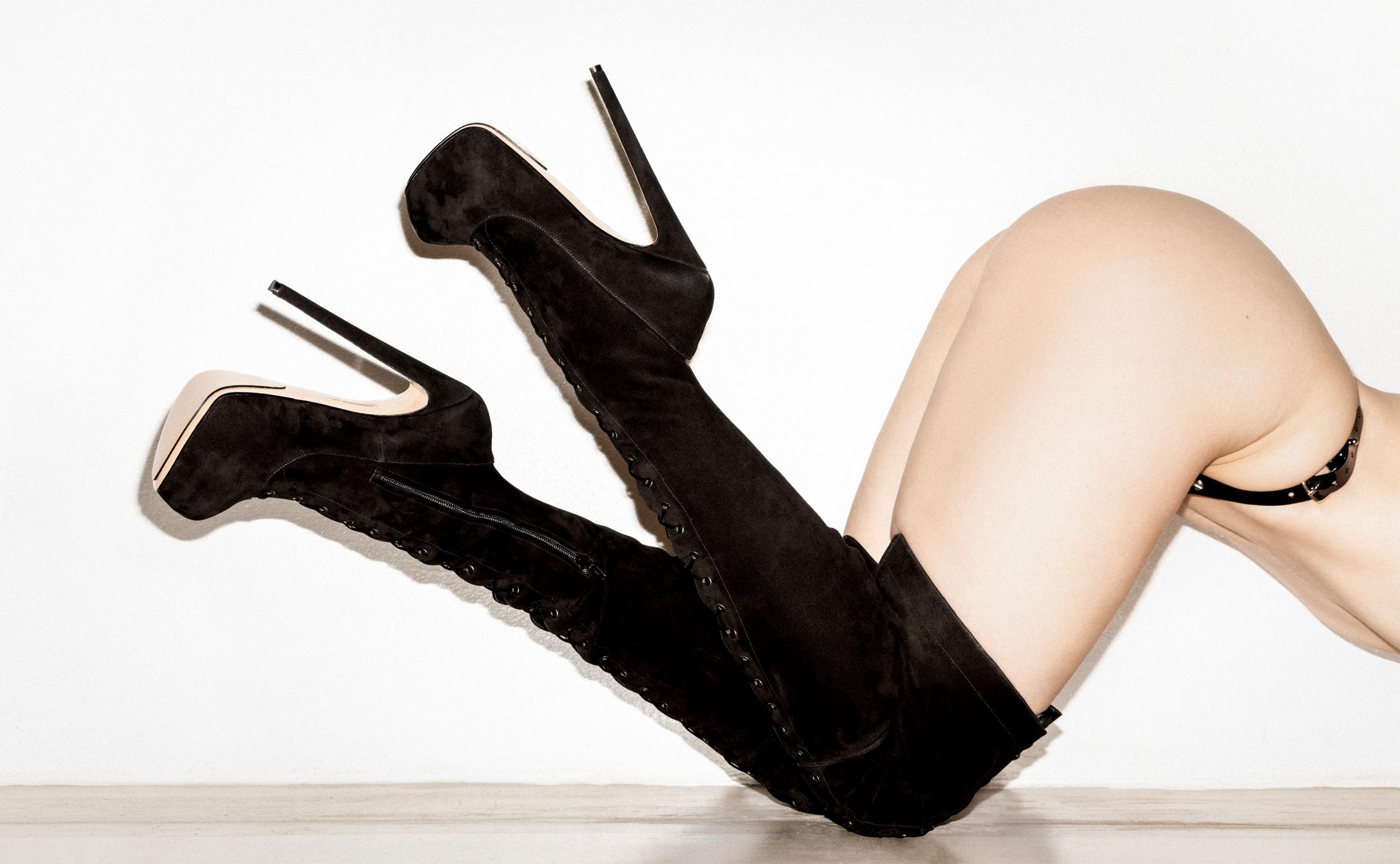 Bernd Serafin Thaler Campaign Shoes Fatale 160