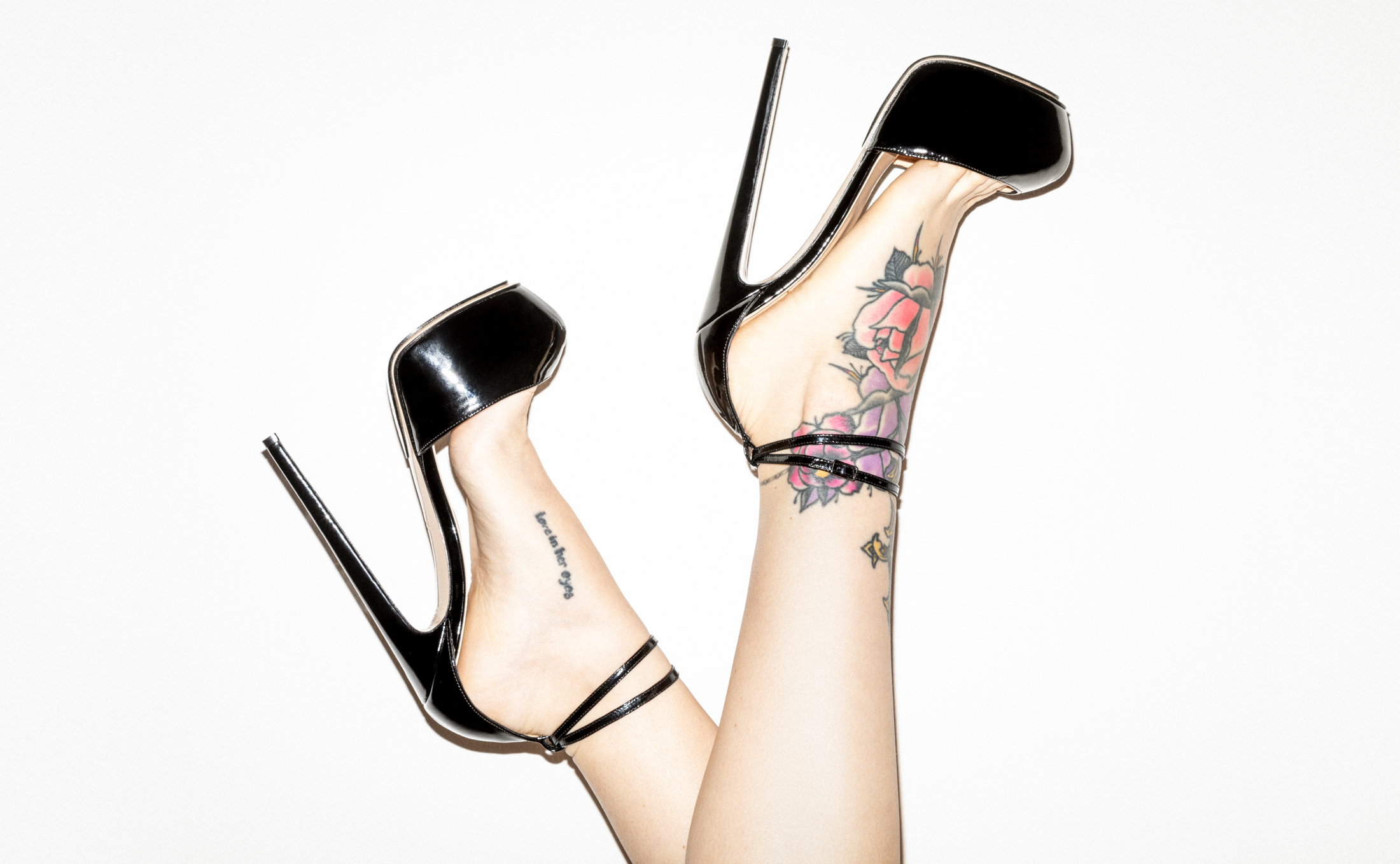 Bernd Serafin Thaler Campaign Shoes DeSade 160